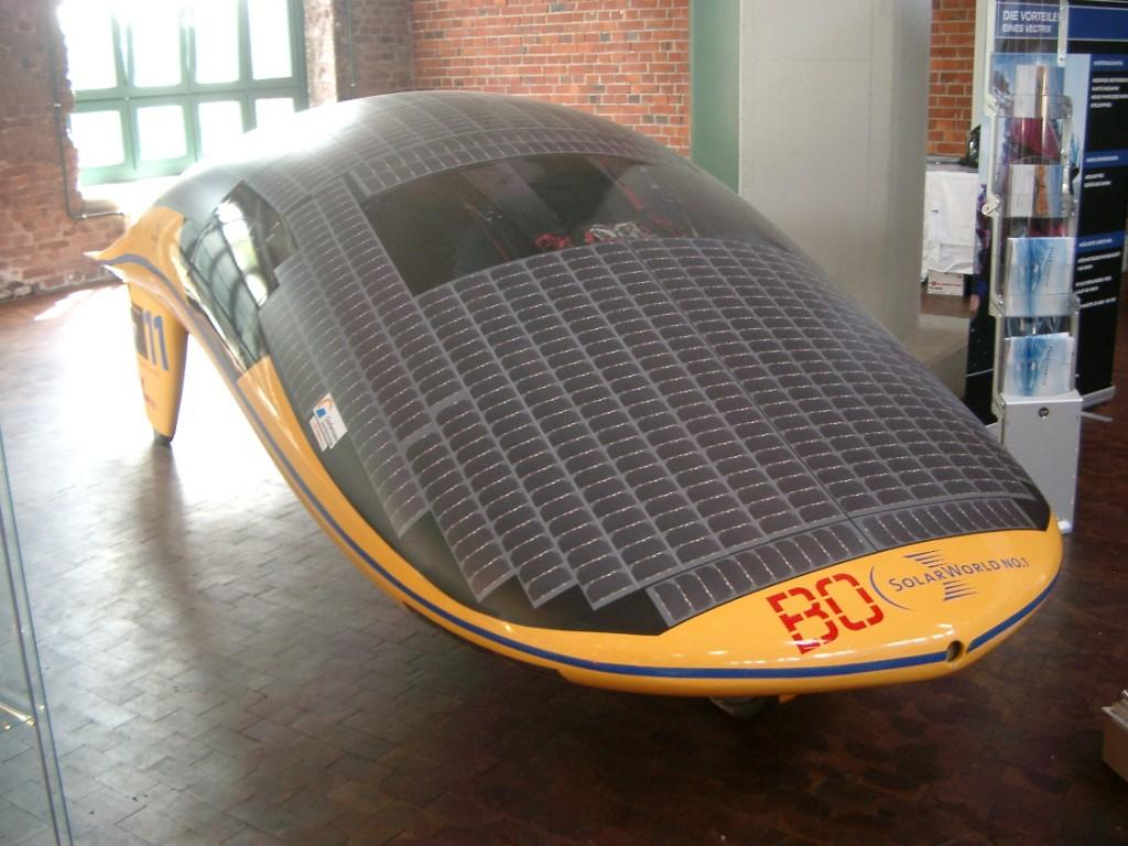 SolarWorld No. 1, Teilnehmer der Solarchallenge Australien der Hochschule Bochum bei 1. Ruhrsymposium 2008 in Dortmund