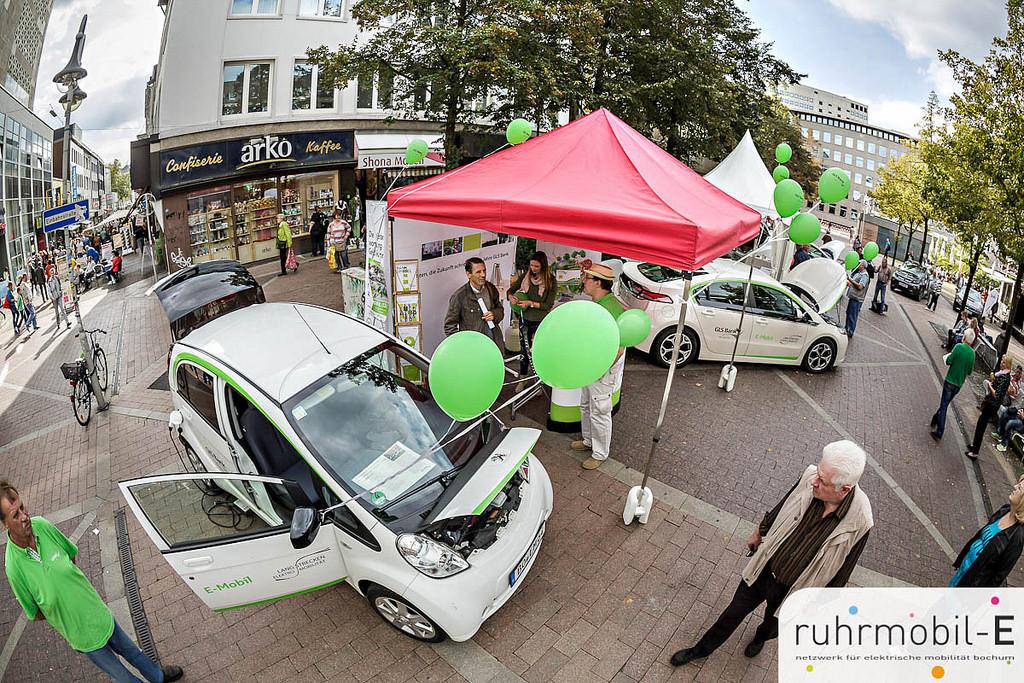 Auch die GLS-Bank ist am LEM-Projekt mit mehreren Fahrzeugen beteiligt   © Volker Wiciok / Lichtblick