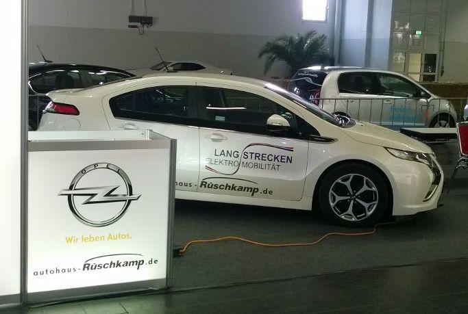 Der Opel Ampera von Rüschkamp - dank Range Extender keine Reichweiten-Probleme