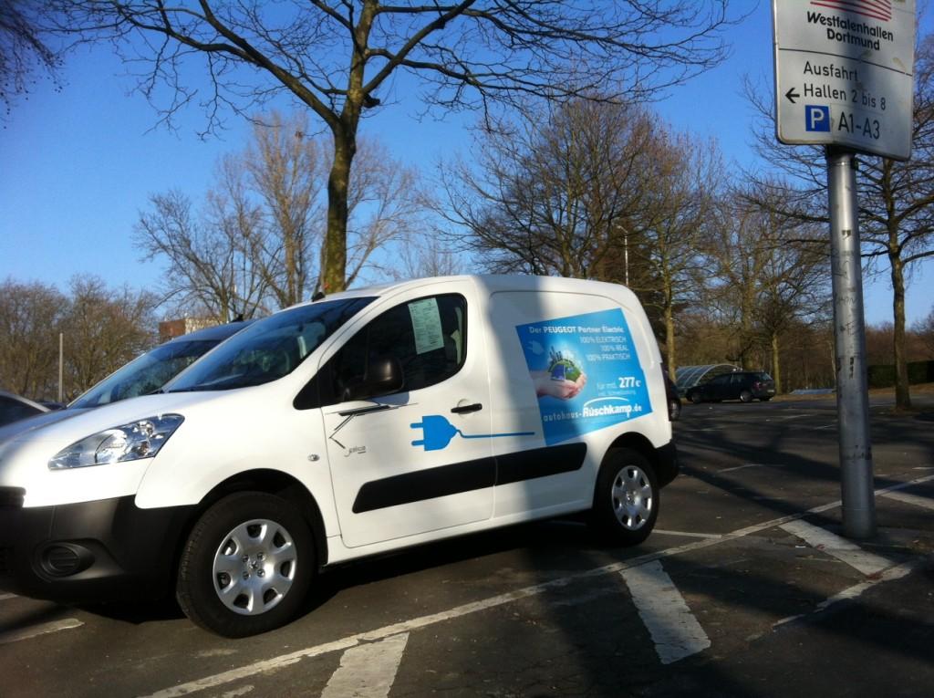 Peugeot Partner Electric -  ein Kastenwagen mit Botschaft