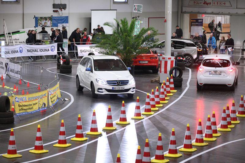 Der Parcours für e-Fahrzeuge      Foto: elektrotechnik