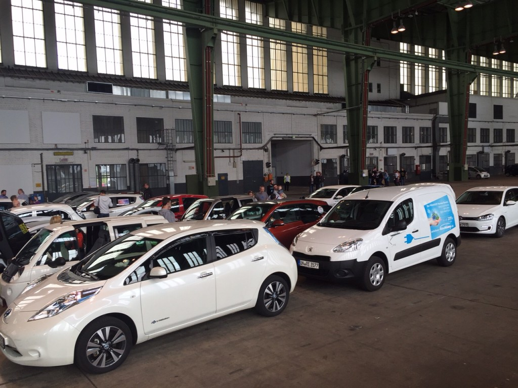 Auch der Rüschkamp-Partner wartet auf den großen Auftritt im Hangar.
