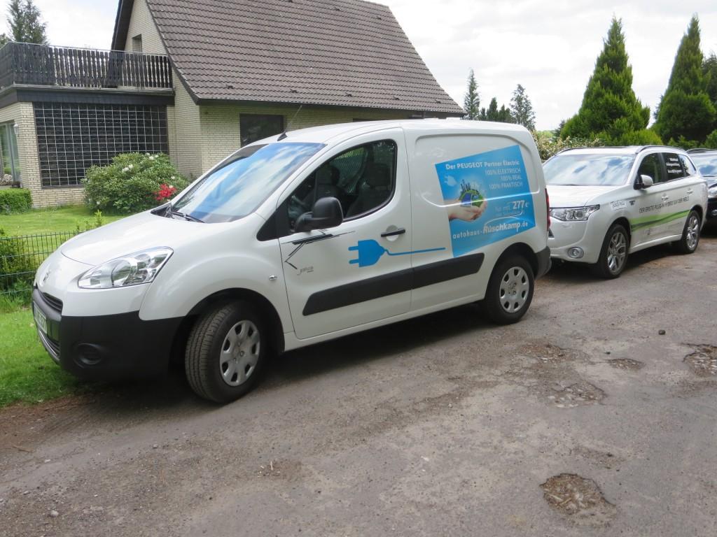 Der Peugeot Partner ist ein großer Kastenwagen mit zwei Sitzen, ideal für Handwerker und Gewerbetreibende.