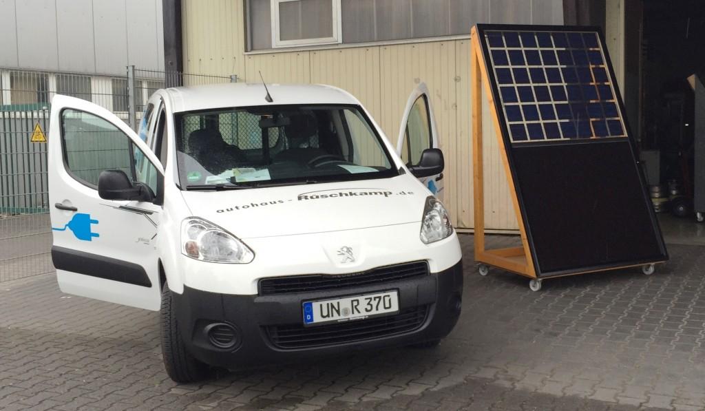 Photovoltaik und Elektroauto machen zusammen Sinn.
