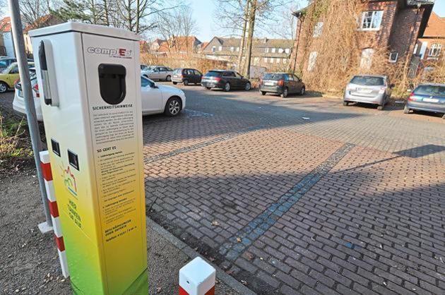 http://www.wn.de/Muensterland/Kreis-Coesfeld/Luedinghausen/2014/02/1432949-Elektromobilitaet-23-Mal-das-Stromnetz-angezapft
